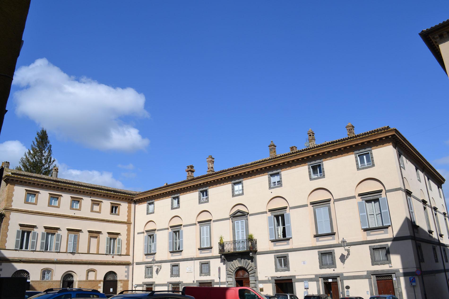Palazzo-Cinti_01